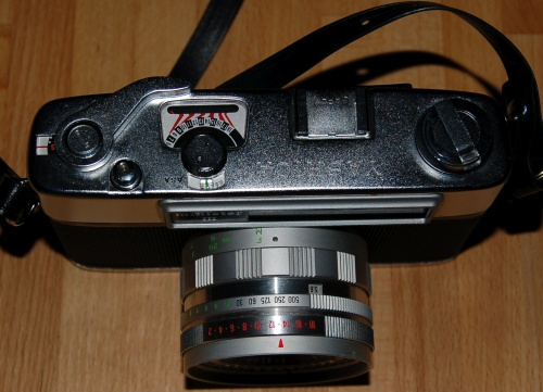 Yashica Minister III from above