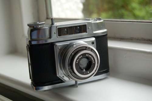 Halina 6-4 120 roll film camera