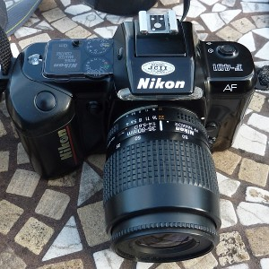 Nikon F-401 (aka N4004)