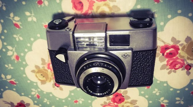 Flash in the Pan – Agfa Silette F Review