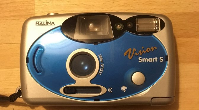 Smarty Pants ? – The Halina Vision Smart S Review