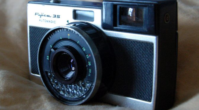 A BRIEF HISTORY OF PHOTOGRAPHY BY OBJECTS – 4 – Fujica Camera ~1958