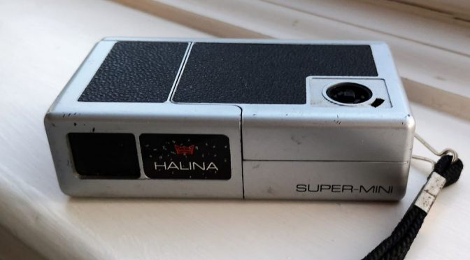 The Spy Whose Spending was Reviewed – The Halina  Super-Mini 88 Review