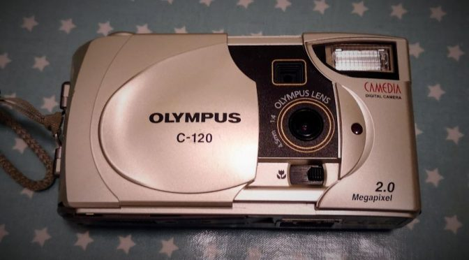 Retro Digital 1 – The Olympus Camedia C-120 (D-380) Revisited