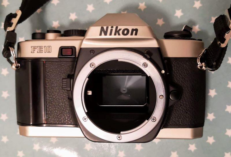 Nikon FE10