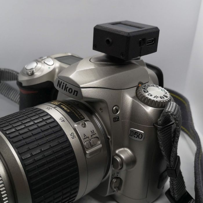 Nikon D50 with V-201X mounted