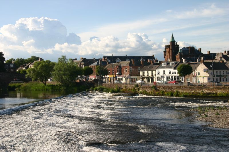 River Nith Dumfries. June 2020. Canon EOS 300D with 40mm  focal length  @100 ISO