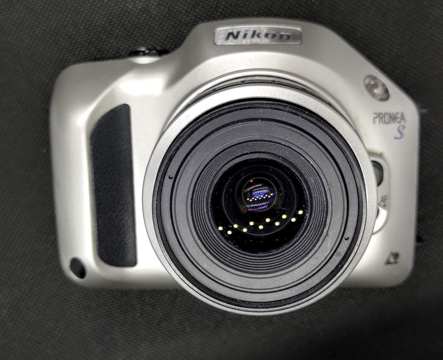 Nikon Pronea S with IX-Nikkor 30-60mm