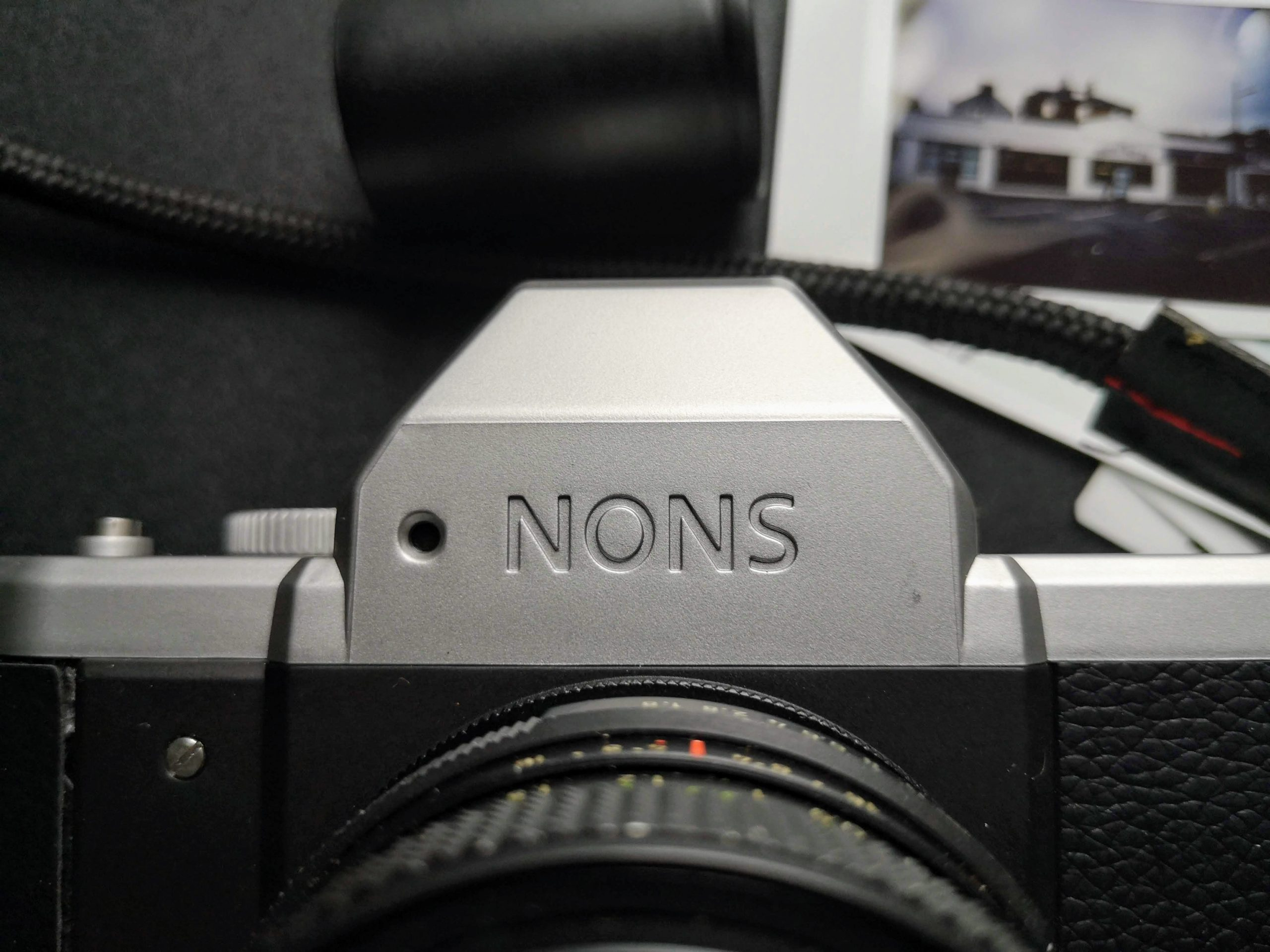 Nons SL42 Upper front with Pentaprism hump with meter on front